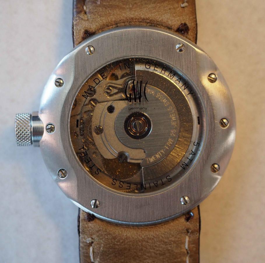 TT-Uhr von der quattro GmbH - Ein Geschenk von Audi als besondere Erinnerung an die damalige TT Umbauaktion 'Phoenix'