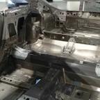 8S Rohkarosserie innen - Stahl und Aluminium im Verbund