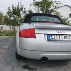 Audi TT 8N 1.8T Quattro in Silber mit schwarzer Mokassin-Ausstattung