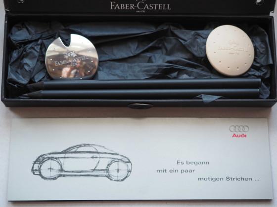 Zur Markteinführung des Audi TT 8N: Eine besondere Stiftebox von Faber-Castell mit Spitzer und Radierer im TT-Design