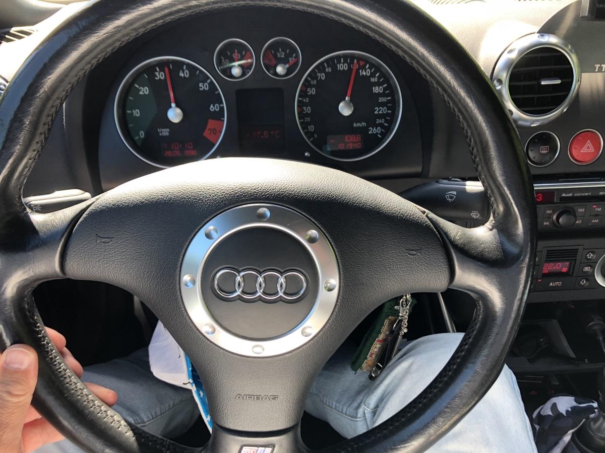 Neu beziehen Audi TT 8N Lenkrad Leder Alcantara 12 Uhr Lederlenkrad 382