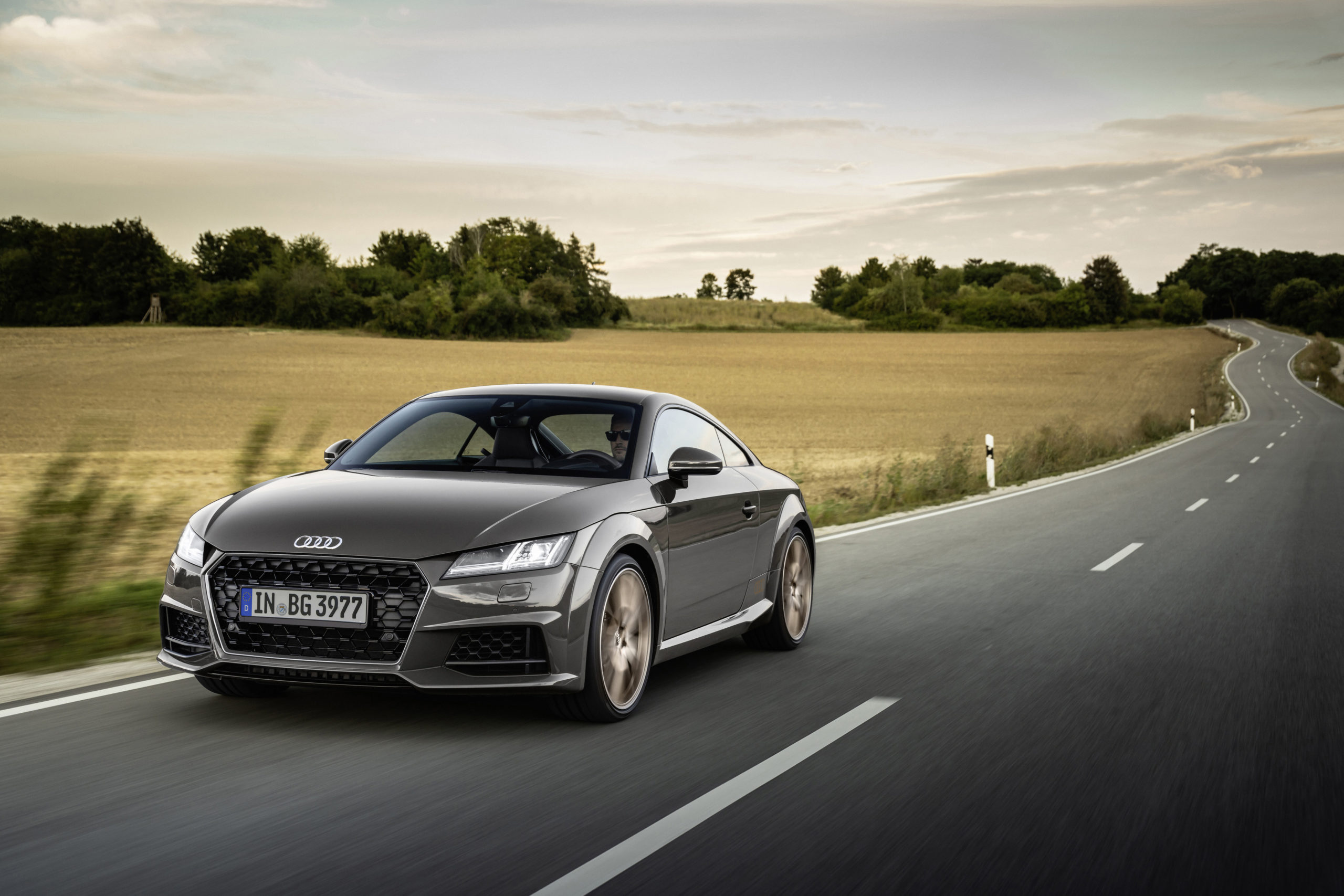 "Stilsicher: Audi TT und TTS ""bronze selection"""